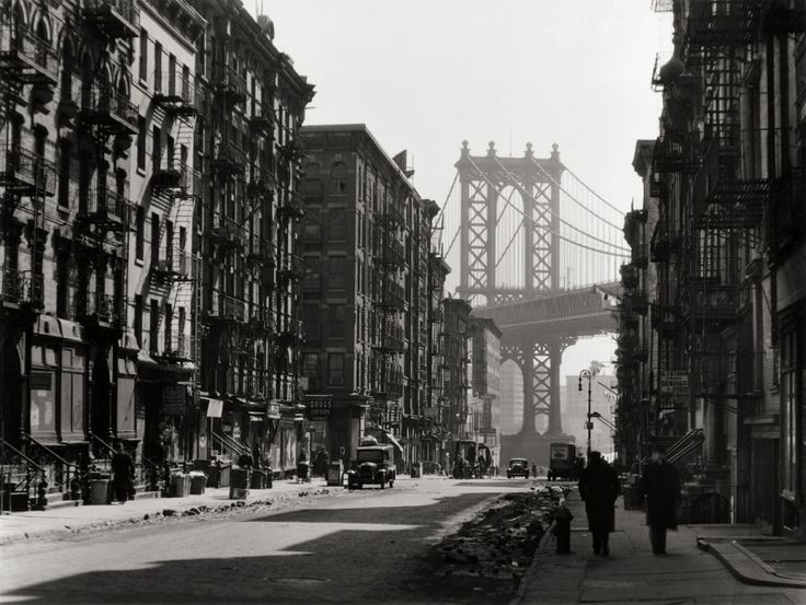 Berenice-Abbott-Pike-and-Henry-Street-New-York-1936