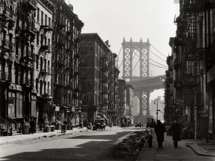 Berenice-Abbott-Pike-and-Henry-Street-New-York-1936
