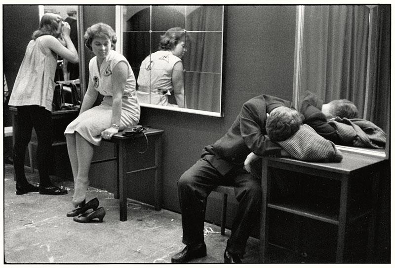 Sabine-Weiss : carnaval - Munich 1957