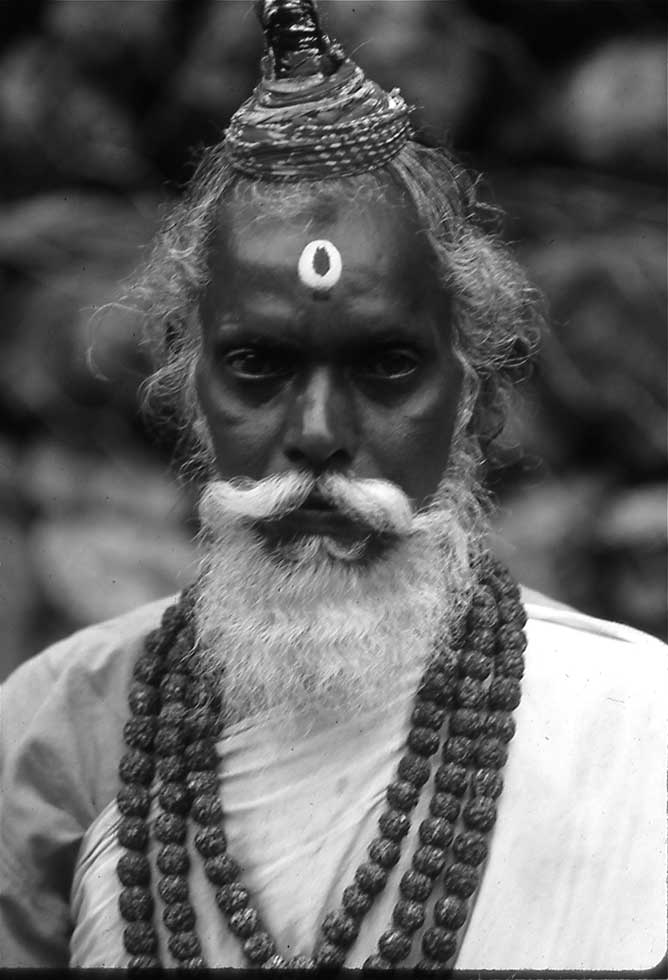 sadhu photo copyright El Pix
